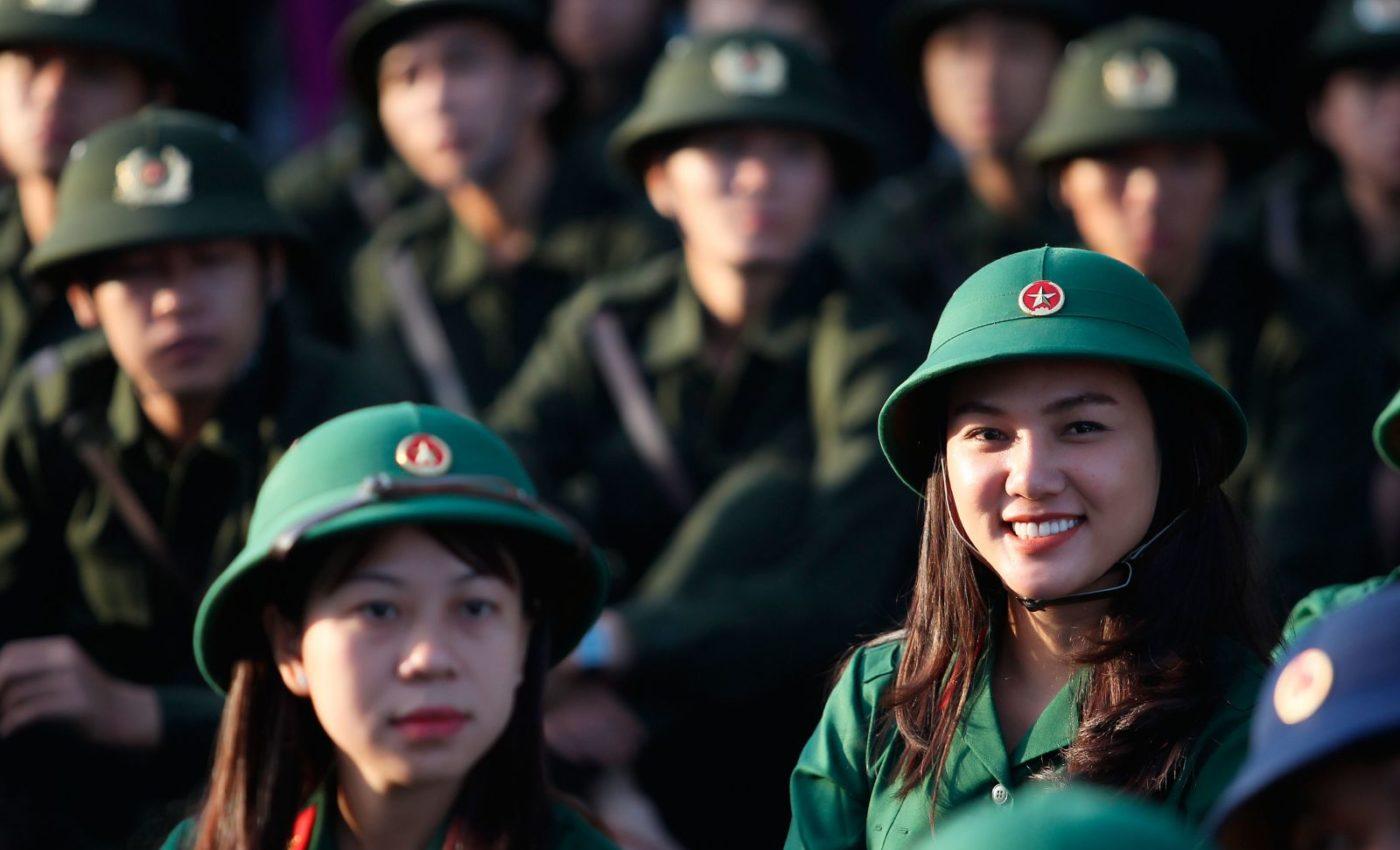 Nữ giới xung phong tham gia nghĩa vụ quân sự
